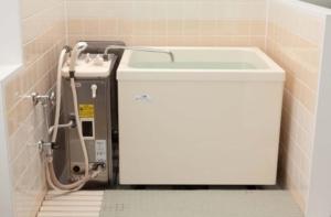 バランス釜の浴室